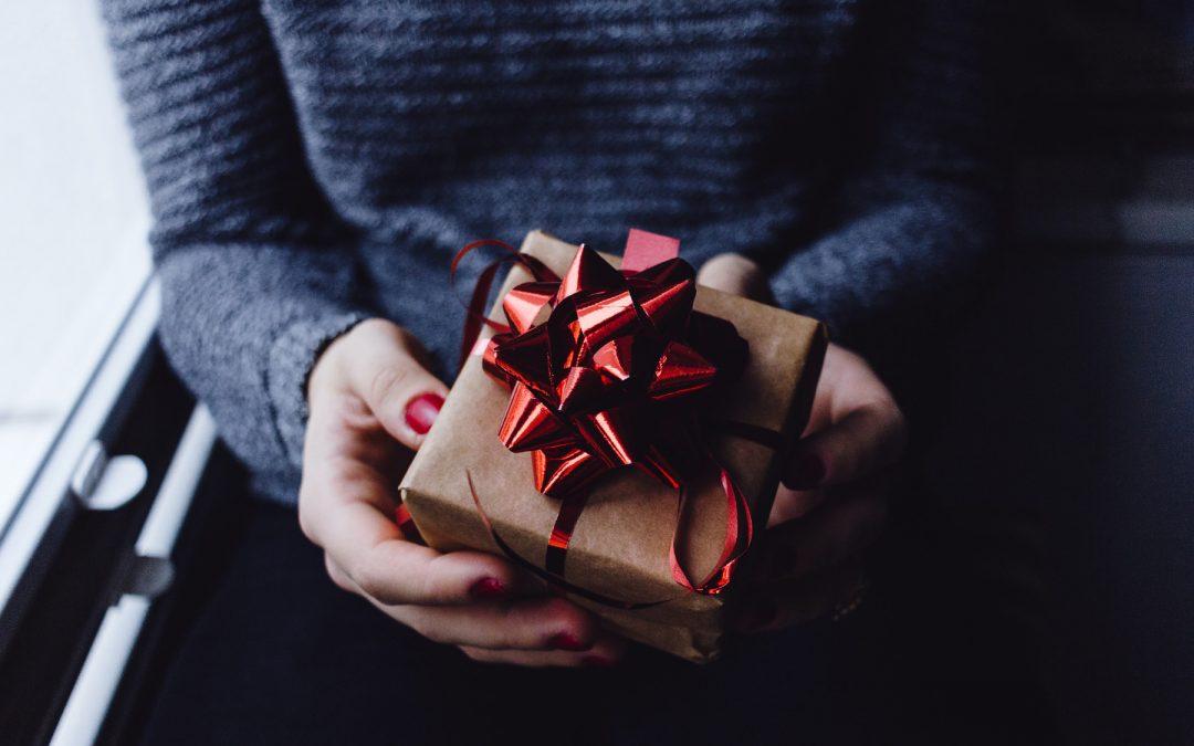 Über welche Liebesgeschenke freuen sich Männer am meisten?